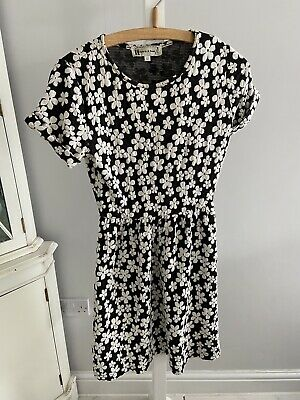 £3 • Buy Hearts And Bows Flower Dress Size 12 Fits 10 Black And Cream