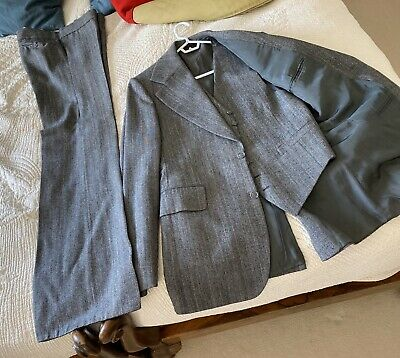 £50 • Buy VINTAGE 3 Piece Suit In Grey With Flared Trousers - W30 C36
