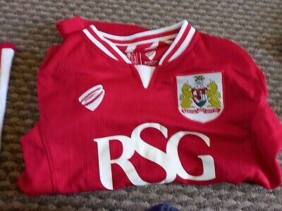 £6 • Buy BRISTOL CITY FC  Home Football Shirt Soccer Jersey 2015-2016  Size 8 Years
