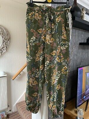 £3 • Buy NWT Ladies Jogger Style Animal Jungle Print Summer Trousers. Size 16.