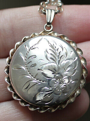 £100 • Buy Vintage Victorian Style Sterling Silver Flower Leaf Etched Locket Silver Chain