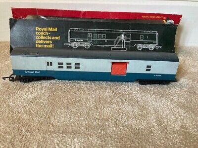 £11.80 • Buy Hornby OO Gauge R119 Royal Mail T.P.O Mail Coach M30224 - Working Doors