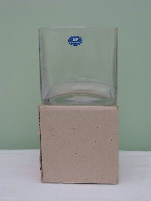 £5 • Buy  Contemporary Square Glass 4.75  Vase Table Decoration Floral Art