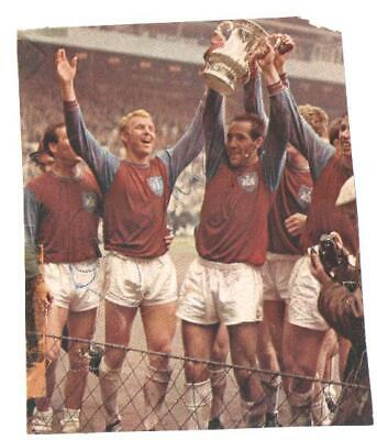 £45 • Buy England Signed Bobby Moore. West Ham United. 3.25 X 4 Inches. Newspaper Cutout