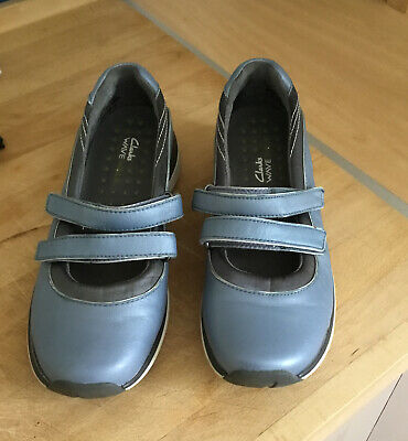 £3.50 • Buy Clarks Ladies Wave Walk Blue Leather Mary Jane Double Bar Shoes Size 5.5