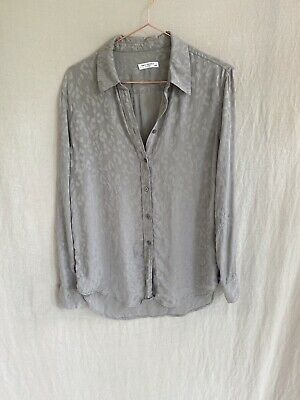 $ CDN18.88 • Buy Equipment Blouse Grey With Silver Leopard Print M FLAWS