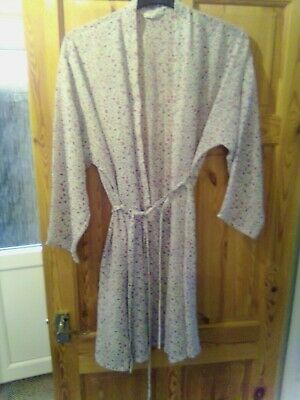 AU12.15 • Buy Marks & Spencer Long Sleeve Multicolored Floral Pattern   Dressing Gown 12-14