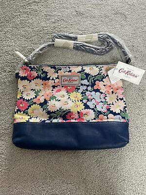 £1.50 • Buy NEW Cath Kidston Navy Daisy Blue Bed Leather / Canvas Cross-body Shoulder Bag