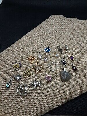 $ CDN10.07 • Buy Vintage Lot Small Tiny Pendants Charms For Necklaces Or Bracelets