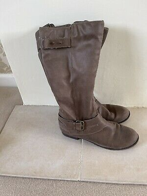 £5.90 • Buy Ladies Leather Boots Size 8 Used