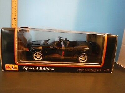 $20 • Buy 1/18 Scale Maisto Black 1999 Ford Mustang GT Convertible Diecast Model Car
