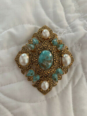 $9.99 • Buy 2 Vintage 1968 SARAH COVENTRY Broaches/Pins Lot