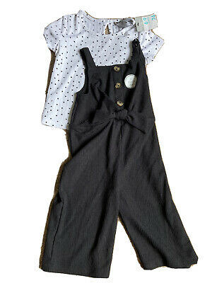 £5 • Buy Baby Girl Outfit 6-9 Months