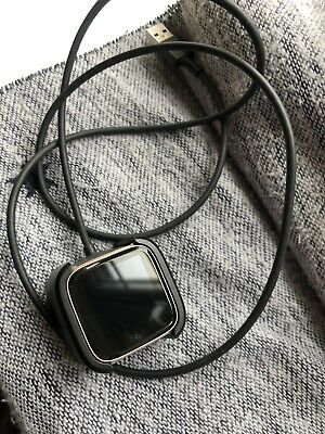 $ CDN27.37 • Buy Fitbit Versa - Rose Gold - Pebble And Charger Only - For Parts - Faulty