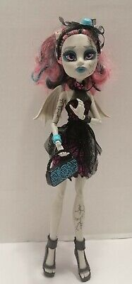 £16.99 • Buy Monster High - Zombie Shake - Rochelle Goyle Doll With Wings