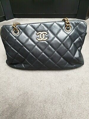 AU2500 • Buy Authentic Black Chanel Lambskin Quilted Bag