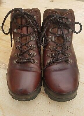 £16 • Buy Brasher Hillmaster Boots Size 8 Brown Leather