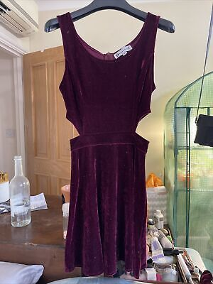 £0.99 • Buy Red Velvet Cut Out Dress Size 6 Hearts And Bows