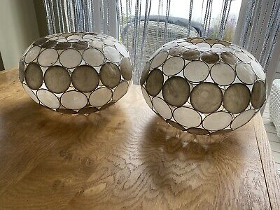 £1.50 • Buy 2 X Capiz Shell Ceiling Lampshades. Cream And Gold/bronze.