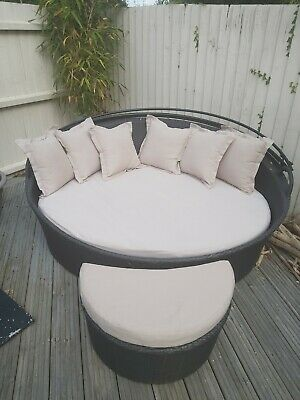 £0.99 • Buy Round Garden Sun Lounger With Cushions