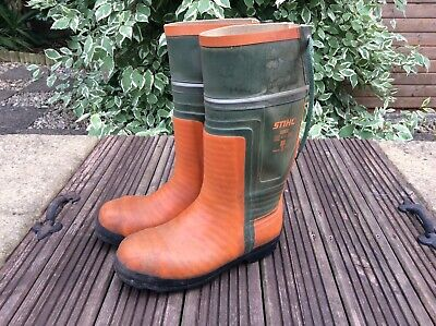 £40 • Buy Stihl Chainsaw Boots Class 3 Size 9/10