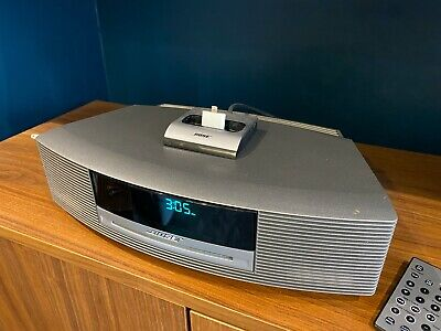 £185 • Buy Bose Wave III Music System CD FM Radio 2 X Remote Silver Iphone Dock