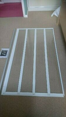 £40 • Buy Over Bath 4 Part Folding Shower Screen In Very Good Condition Embossed Motif