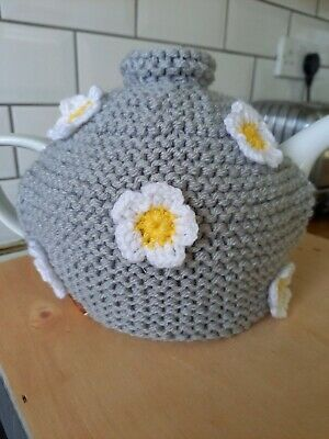 £4.50 • Buy Handknitted Tea Cosy. Medium.Pale Grey Decorated With White Crochet Flowers