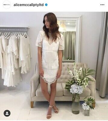 AU55 • Buy Alice MCCall White Lace Dress Size 4 (fits 6) With Slip