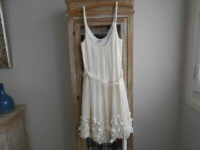 AU10 • Buy  Forever New  Ladies Dress Size 6