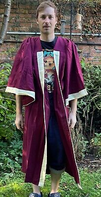£20 • Buy Traditional Red Academic Gown = Possible For Choir