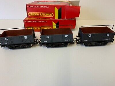 £26 • Buy 3 Hornby Oo Gauge Gwr 7 Plank Wagons With Sheet Rails **free Post**