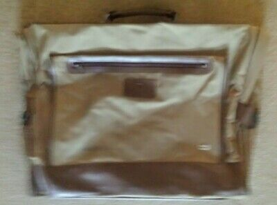 £1 • Buy Travel Suit Carrier Bag Used