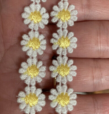 White & Yellow Daisy Lace Trim X 1m Flower Sewing Dressmaking Edging  12mm LC15 • 2.95£