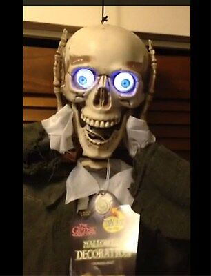$74.97 • Buy Life Size ANIMATED SEVERED HEAD TALKING SKELETON SKULL Halloween Prop Decoration
