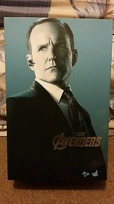 AU500 • Buy Mint BIB Hot Toys 1/6 Figure Agent Phil Coulson The Avengers Marvel (IN STOCK)
