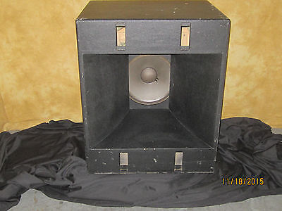 $495 • Buy JBL Professional Series Single LF Cabinet With 2220J Woofer USED