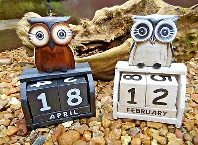 Fair Trade Indonesian Hand Carved Made Wooden Shabby Owl Perpetual Calendar  • 11.99£