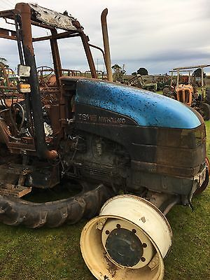 AU110 • Buy Tractor Wrecking New Holland Ts115