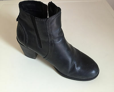 Women's Boots Ankle Leather Boots  Size 5  Pavers  • 49.99£
