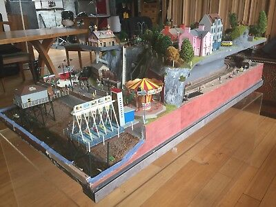 £1750 • Buy Model Train Town/Perspex Coffee Table - One Of A Kind