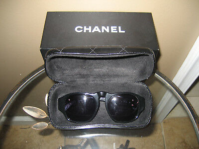 db6380af5709a AUTH VINTAGE CHANEL Black Plastic Sunglasses With Box And Case • 199.00