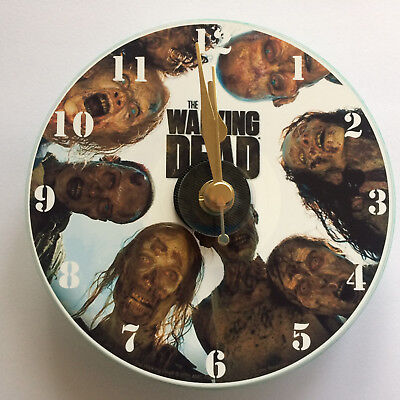 £8.49 • Buy Novelty CD Gift Clock - The Walking Dead.  GIFT-BOX, STAND & BATTERY