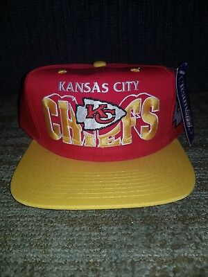 0277fc8e30cd31 Vintage Kansas City Chiefs Rare Athletic NFL Snapback Hat Red Yellow NWT  NOS • 33.00$