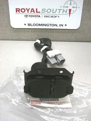 $208.45 • Buy Toyota Tundra 7 Pin 4 Pin Tow Harness Connector Genuine Factory OE OEM