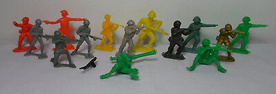 $14.99 • Buy Petalo - Solpa Greek Vtg Toy Soldiers Lot Of 14 Plastic Figures Germans British