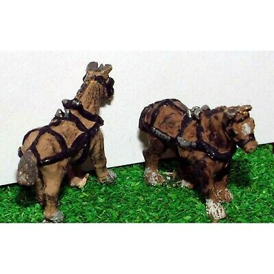 2 Shire Horses With Harness (N Scale) - Unpainted - Langley A72 • 4.40£