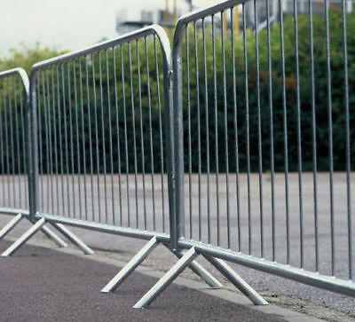 Pedestrian - Crowd Control Barriers 2.3m X 1.1m • 30£