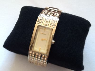 PRE OWNED: DKNY Women's Crystal Collection Gold Tone Watch. NY-4416 • 35£