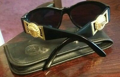 8cdc1c1c369 Extremely Rare Vtg Gianni Versace Sunglasses MOD 424 C RH COL 852BK -Italy